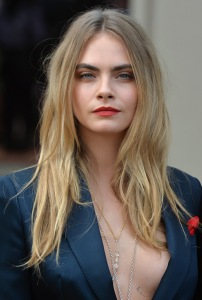 bed hair, cara delevigne
