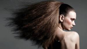 cabello encrespado, frizzy hair